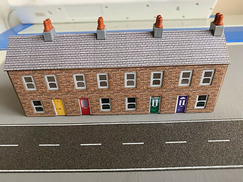 N Scale Extra long Terraced Houses