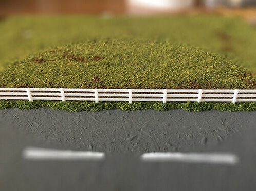 N Guage Scale Fence 10 x 170mm (1.7m) WHITE