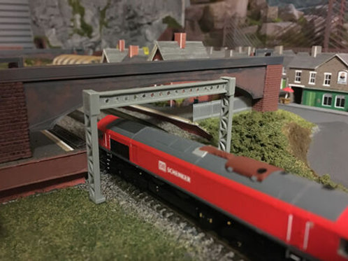 N SCALE overhead electric Gantry Girder Kit to span two tracks