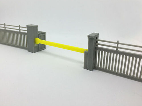 OO Scale 1:76 Security fence with Barrier Pack of 10 (850mm in total)