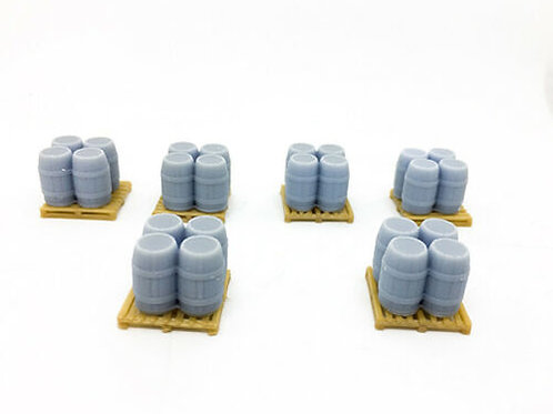 1:76 OO Scale Beer Barrels with Pallets