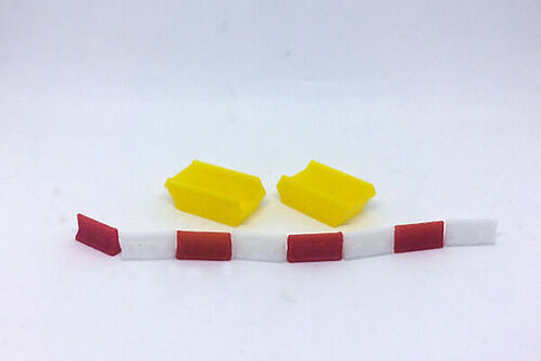 N Guage 2x Yellow skips + 8 Jersey Barriers