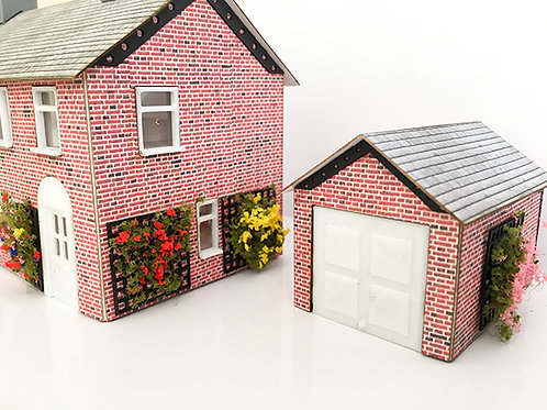 OO Scale 6ft Trellis with flowered wall climber
