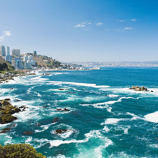 coast-of-vina-del-mar-in-chile-87337286-