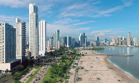 Photo-Panama-City-with-beach-Kopie.png