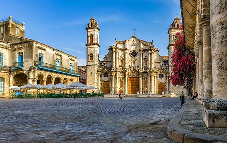 Havana-cathedral-1.jpg