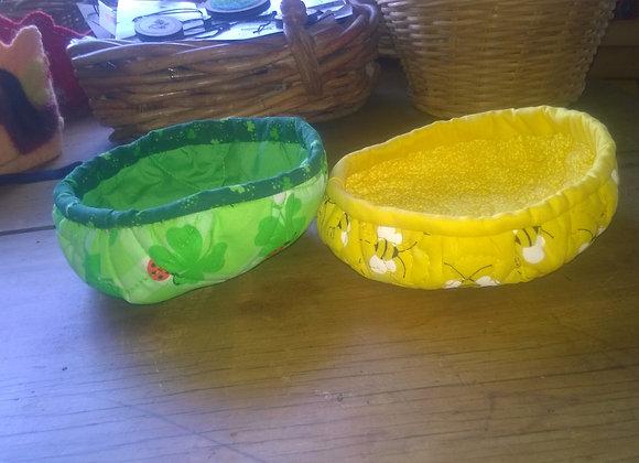 Reversable bowls