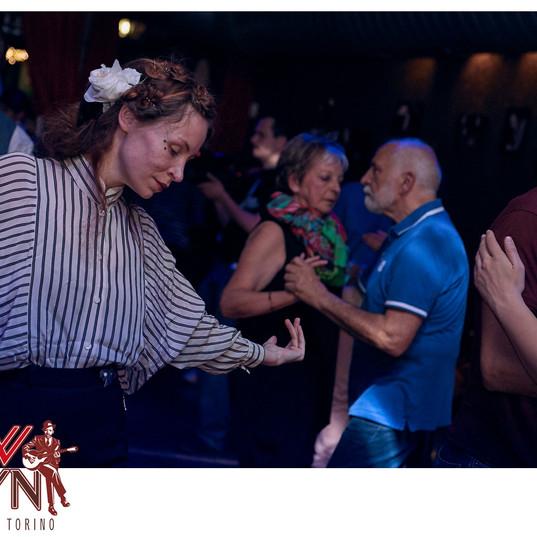 SOLO BLUES dance avec Anne Vercasson.jpg
