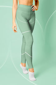 Leggings-Mockup-curved-green.jpg