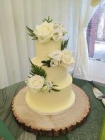 Woods wedding cake 1.jpg