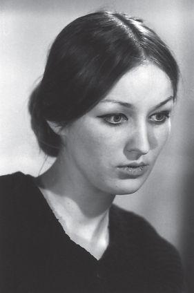 Anya Slonim photo portrait
