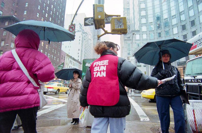 Free Sun Tan -New York Times Street Photography