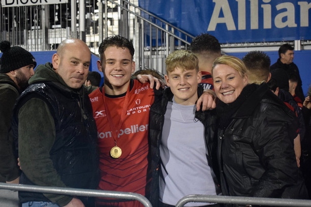 Sam Grimshaw and family