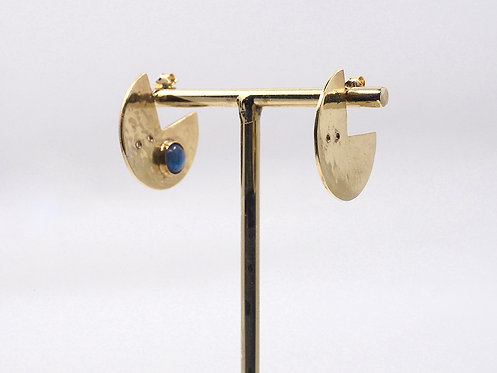 Gong Collection_ Earrings with stone