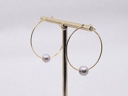 Floating Pearls Collection_ Hoop earrings with strung pearl