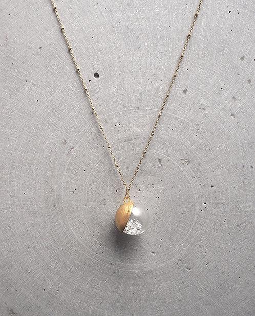 Moon Twinkle Collection_ Collana con ciondolo bianco