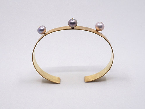 Floating Pearls Collection_ Bracciale con perle