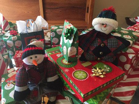 Embracing the Holiday Spirit… Belmont Heights Residents Shine!