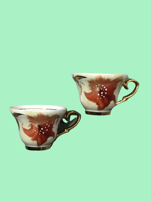 Pareja de tazas de café de porcelana esmaltada 1940's