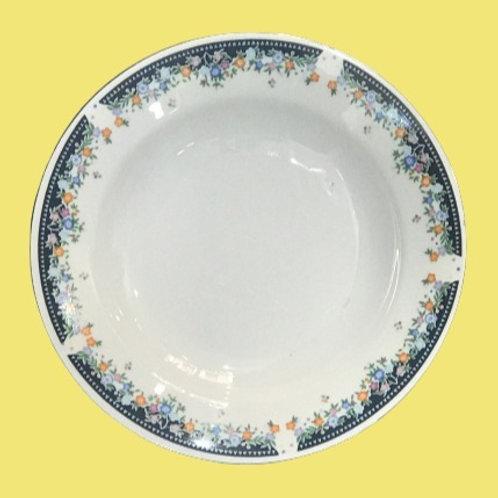 "Plato hondo de porcelana ""Antonia"" 1980's"