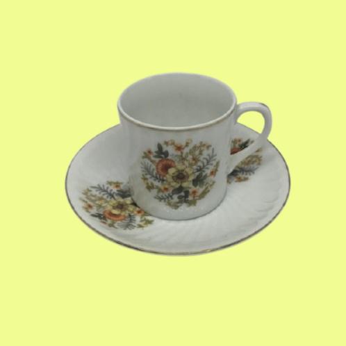 "Taza pequeña+ Plato porcelana china ""Leticia"" 1950's"