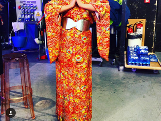 "Uno de nuestro kimonos pasa la tarde en ""Salvame""..."