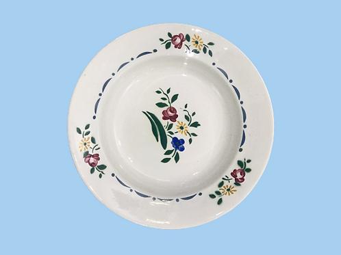 """Plato hondo de cerámica Sarreguimes  (Cauterets) pintado a mano """"Lisa"""" 1920's"""