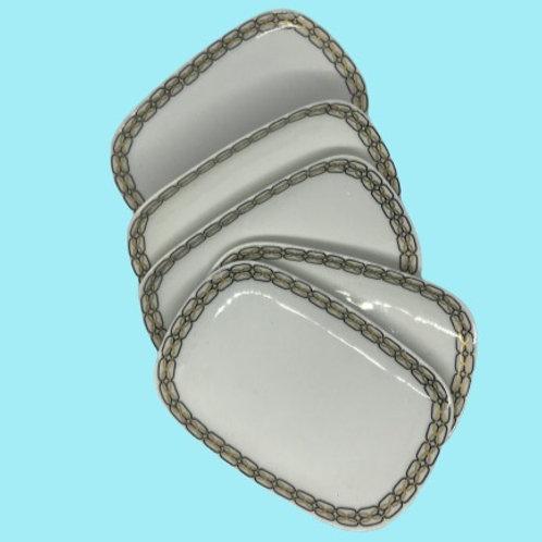 """Conjunto de 5 bandejas pequeñas de porcelana """"Bidasoa"""" 1970's"""