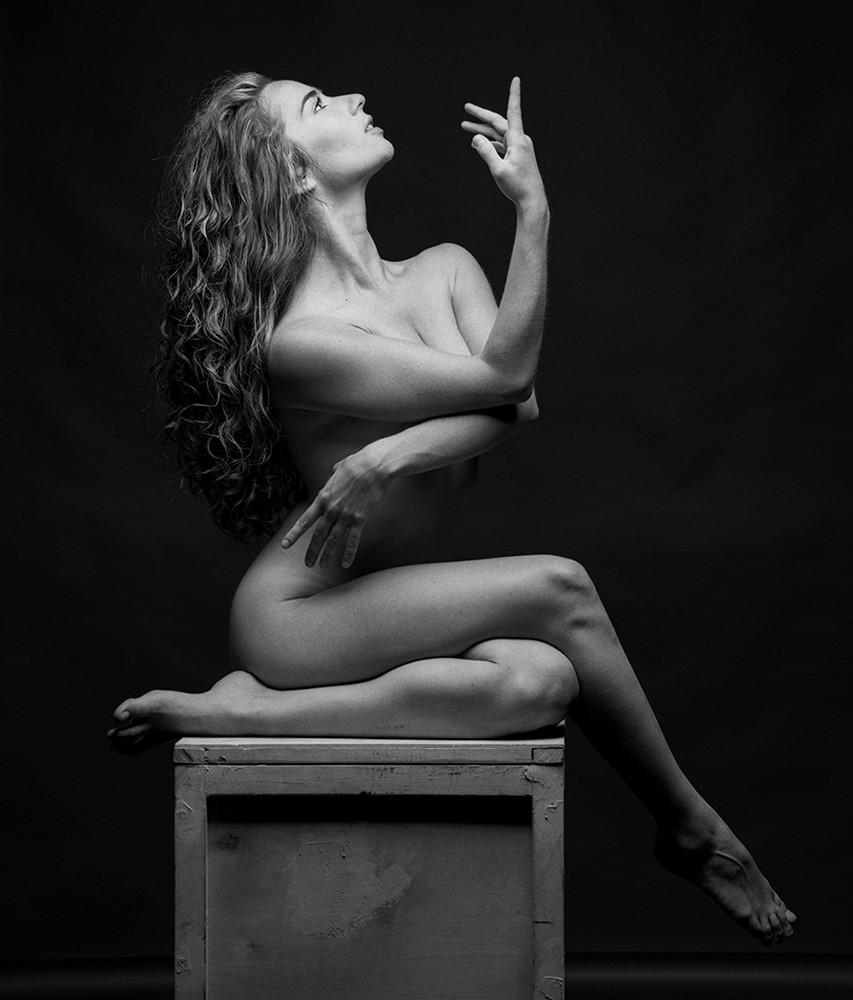 lisa.statue.jpg