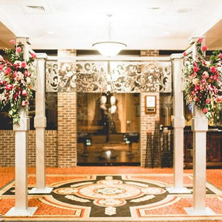 Mirror Finish Wedding Arch