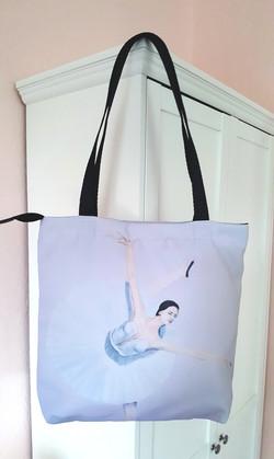 Ballerina 40 x 40 cm, 16 x 16 in.