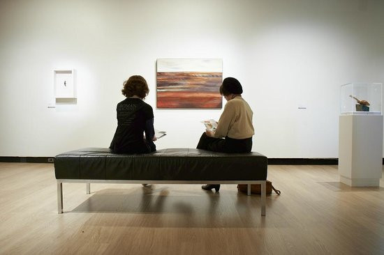 museum_relax