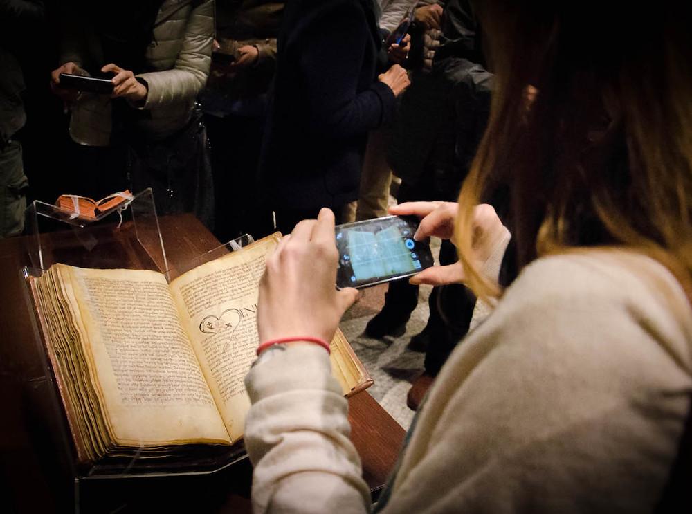 Mostra di manoscritti al Museo del Tesoro del Duomo di Vercelli
