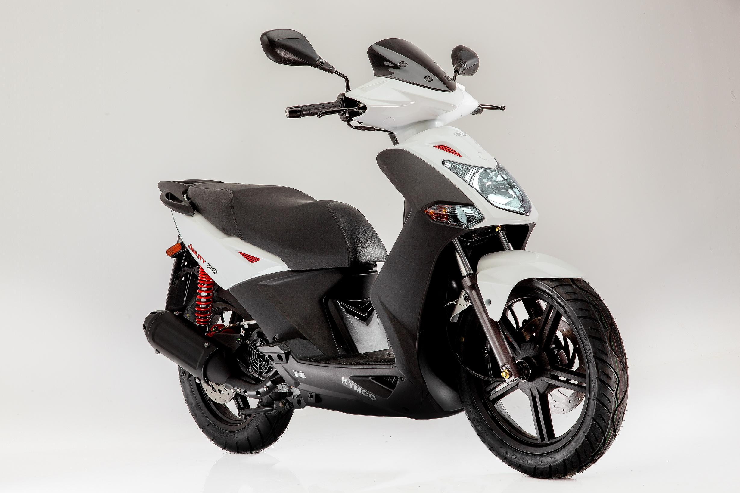 Kymco Agility 125cc white