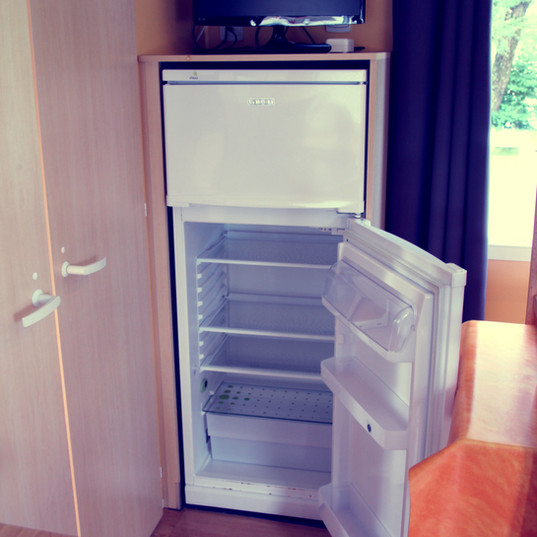 MOBIL-HOME REFRIGERATEUR - TV