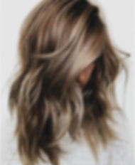 amazing-light-brown-hair-with-highlights