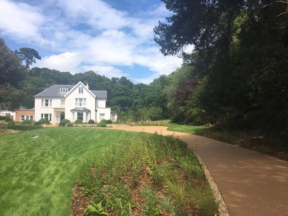 Lymington Private Driveway
