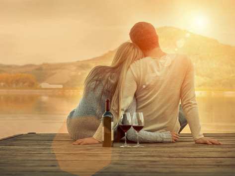 How To Tell If Someone Is Into You or If You're Wasting Your Time