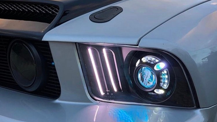 05-09 Mustang Projector Retrofit Headlight