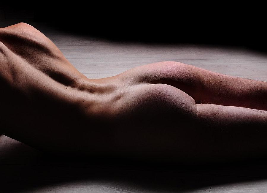 naked-3458774_960_720.jpg