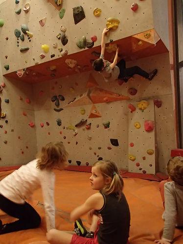 Ferienprogramm Klettern und Bouldern für Kinder in München