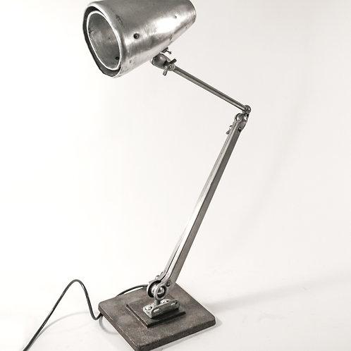 VINTAGE DAZOR MODEL 1104 INDUSTRIAL ARTICULATING TASK LAMP MID CENTURY