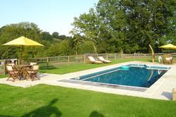 gîte chambre d'hôte piscine