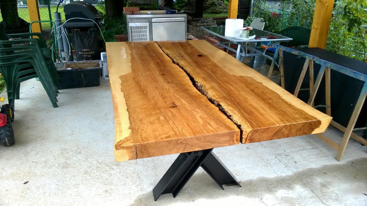 Kern Esche Tisch massiv