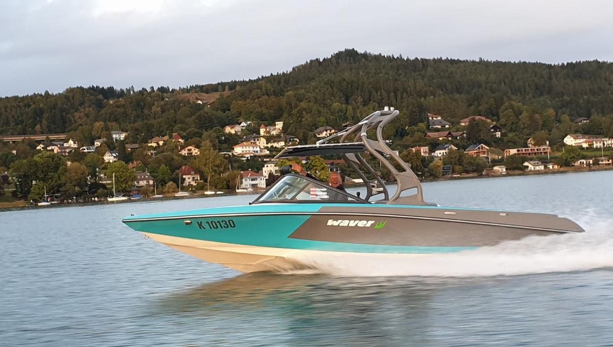 waver Motorboottaxi