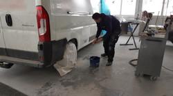 Lieferwagenreparatur