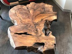 2 Walnuss Tischplatte aus Wurzelholz (3)