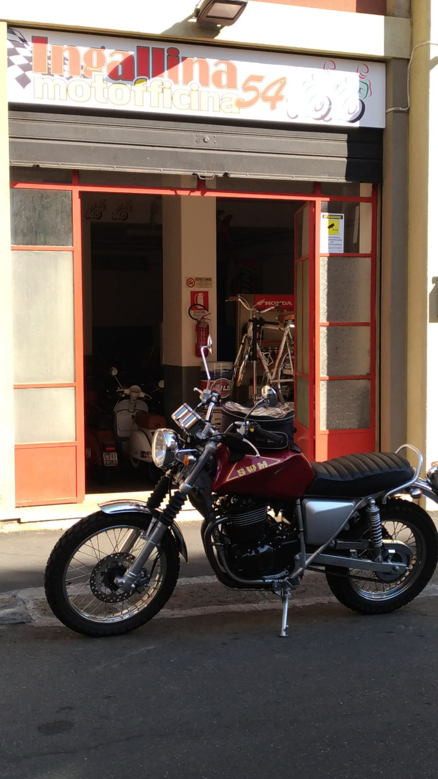 Moto Esposizione Motofficina Ct