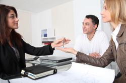 Agenti-immobiliari-e-famiglie-italiane-dimensionecasa