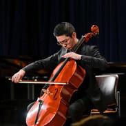 バッハ/無伴奏チェロ組曲第一番よりプレリュード、ジーグ
